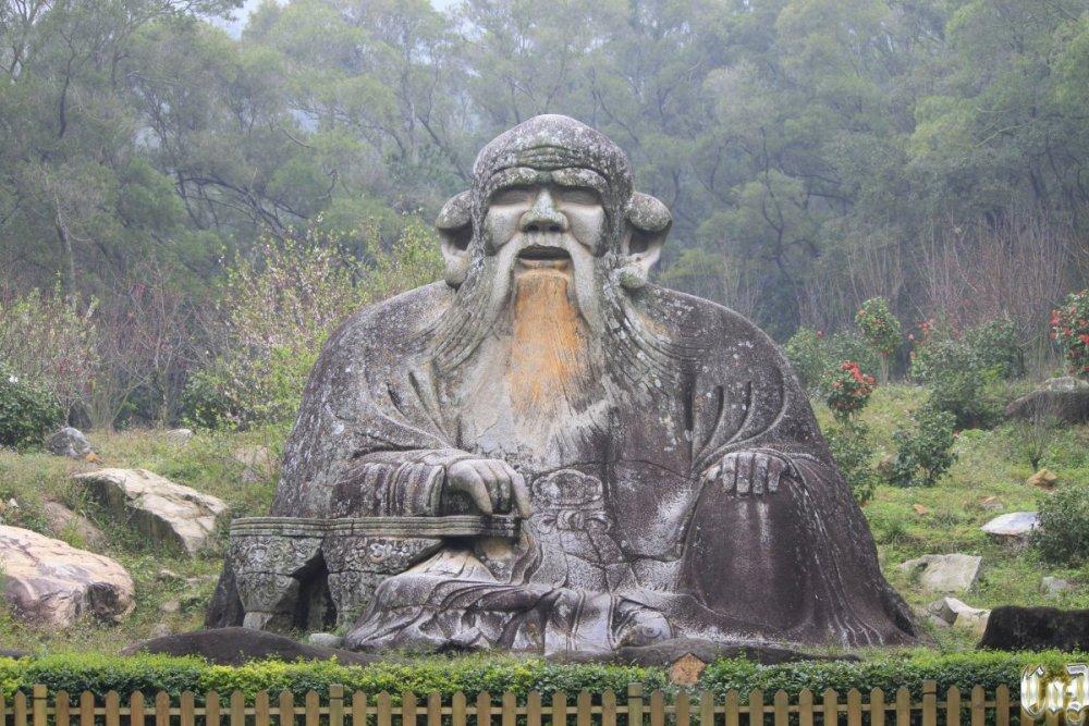 Quanzhou_Qingyuan_Shan_20120301-07.thumb.jpg.2e24efe685a5dd1e8bfcbf8cb178c1f2.jpg